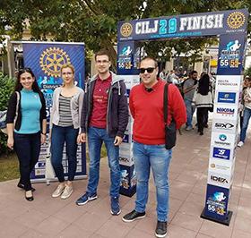 Aproveitar os benefícios de fazer parte do Rotary e do Rotaract