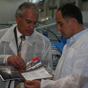 Governador Alberto Soares Carneiro visitou a KrystalTek em Barcelos