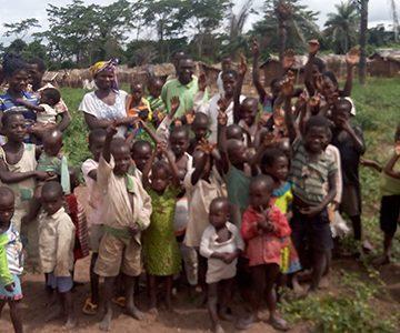 Como escolas simples estão a ajudar crianças no Gana