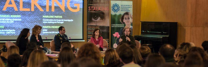 Evento sobre stalking enche auditório da Universidade Católica em Braga