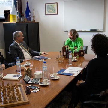 Alberto Soares carneiro visitou a Fontes Pereira