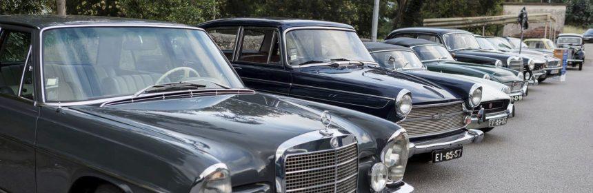 Mais de 60 carros antigos em exposição na 35ª Conferência Distrital